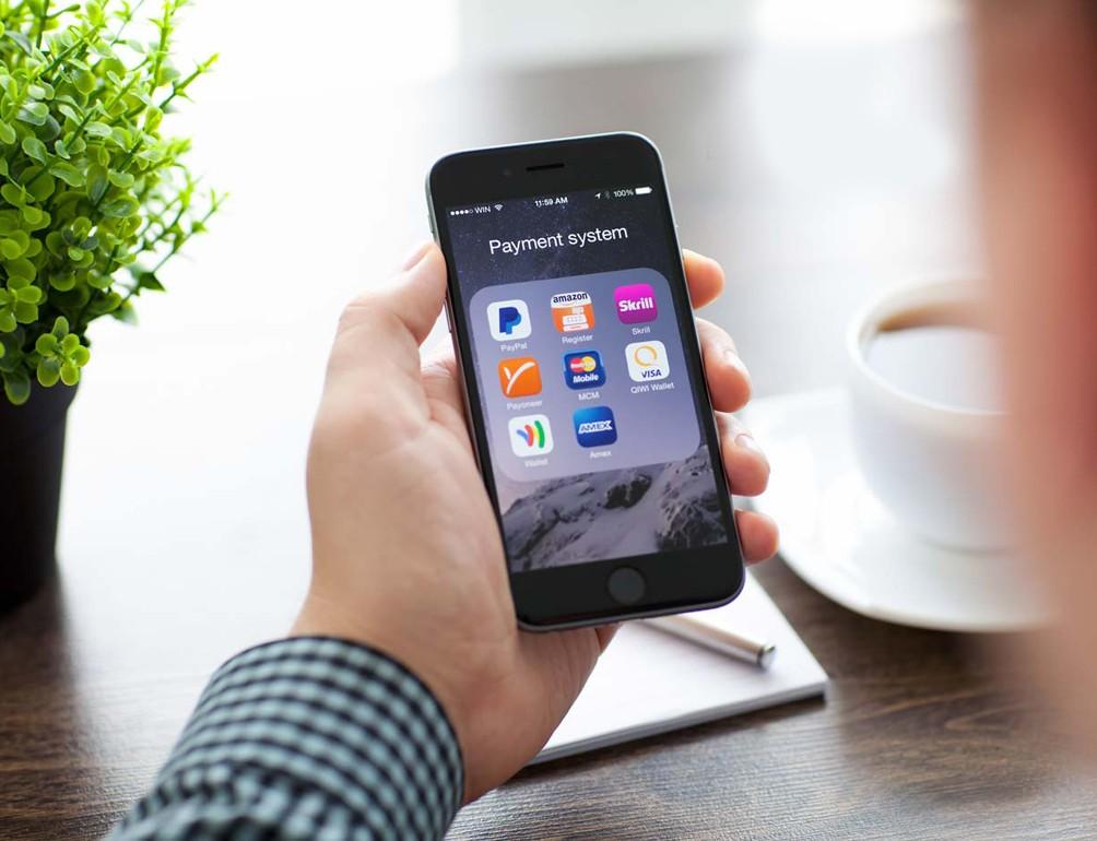 Прогноз: более половины россиян в 2020-м будут брать онлайн-займы через смартфоны и планшеты