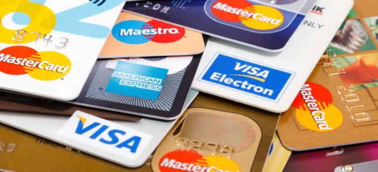 Где может пригодиться кредитная карта?